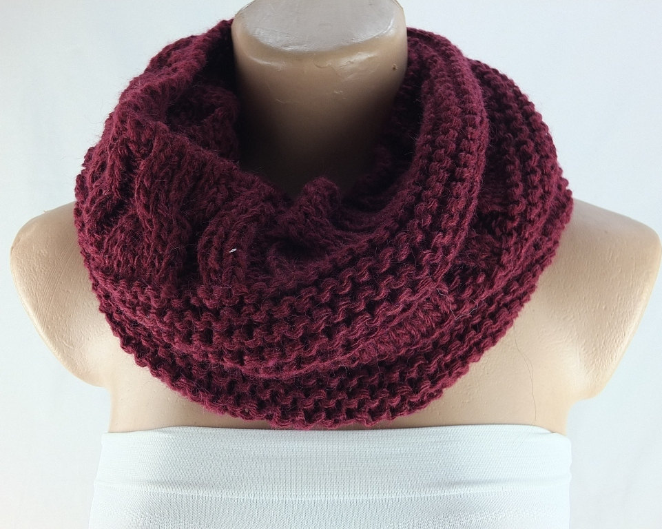 Knit infinity scarf, Bordeaux scarf , chunky scarf, loopy scarf, woman scarf, circle scarf,ring scarf,woman scarf, winter cowl