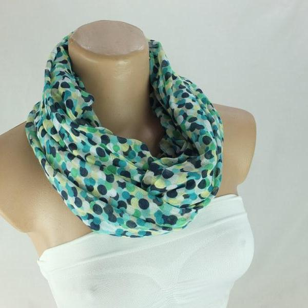 Single layer green dots infinity scarf, loop scarf, woman scarf, Fabric scarf, circle scarf,ring scarf,fashion scarf, gift for her